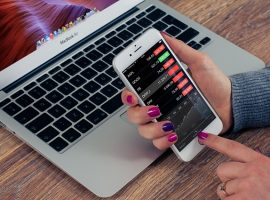 Mobile Apps a Culprit for Financial Website Glitches