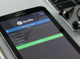 Music Streaming Overtakes Physical Sales and Downloads for the First TIme