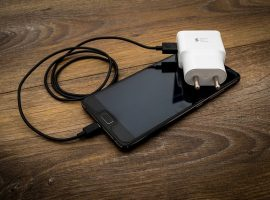 EU to Study the Need for Universal Mobile Phone Charger